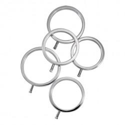 Metalowe pierścienie na...